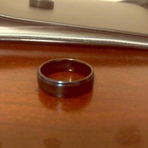 Jewelry - Men's wedding band never worn